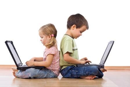 post 11 Policía y papás juntos por la seguridad en Internet