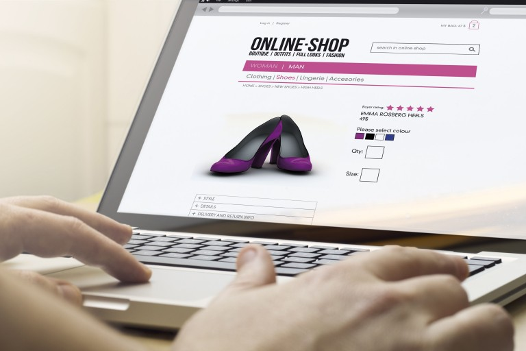 Las redes sociales incitan a comprar