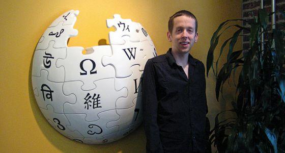 post 5 Wikipedia expulsa editores por lucrarse